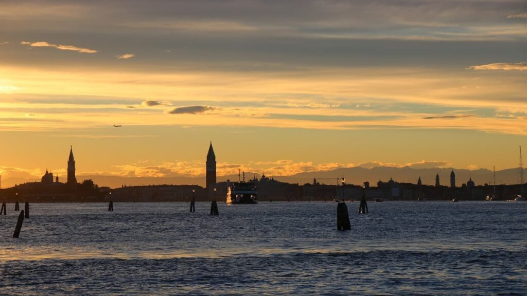 Sunset lido di venezia
